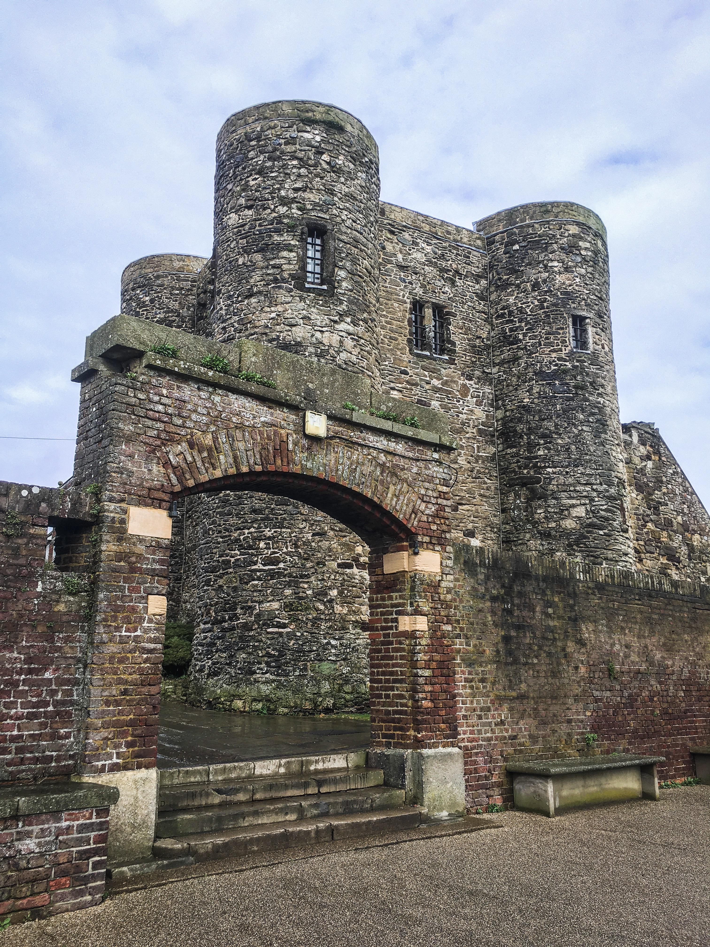 Castle, Rye